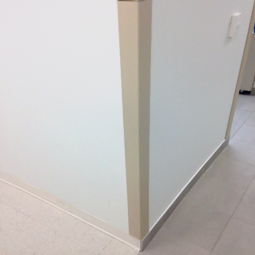 prot ge coin de mur en aluminium et pvc solide biggy boom. Black Bedroom Furniture Sets. Home Design Ideas